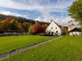 Riverside Cottage Dinant, holiday home in Dinant
