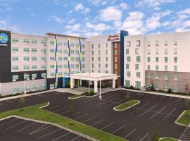 Tru By Hilton Charlotte Airport Lake Pointe, hotel near Charlotte Douglas International Airport - CLT, Charlotte