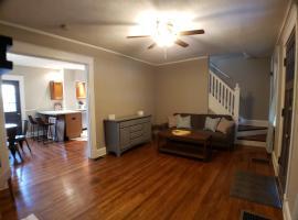Home Sweet Hyde Park, vacation rental in Cincinnati