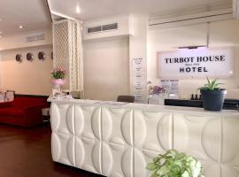 Turbot House Hotel, hotel near State Library Of Queensland, Brisbane
