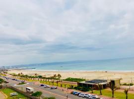 605 Tenbury Beach Apartment, hotel near uShaka Marine World, Durban