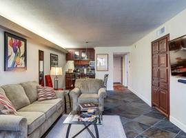 Modern Getaway in the Heart of Old Town!, vacation rental in Scottsdale