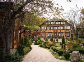 У скалы Монах, hotel in Khamyshki