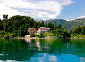 Correntoso Lake & River Hotel, hotel in Villa La Angostura