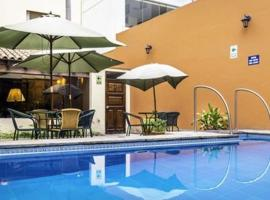 Llaqta, hotel with pools in Lima