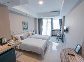 Bali Bustle Coworking and Coliving Space, apartment in Legian