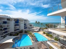 2 BDR/Apt/Foxtel/WiFi/Pool/parking/Spa/Hervey Bay, hotel near Reefworld Aquarium, Urangan