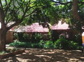 Critchley Hackle Dullstroom Leisure, hotel in Dullstroom