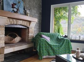 Le Cottage mosan, holiday home in Dinant