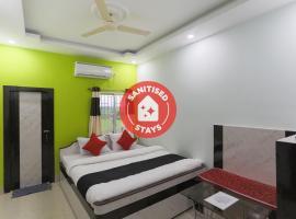Puja International Hotel, hotel in Tarapith