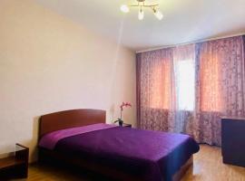3 комнатные апартаменты с видом на реку город и « Бугринский мост», apartment in Novosibirsk