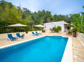 Holiday Home Can Toni Mari, hotel in Sant Carles de Peralta