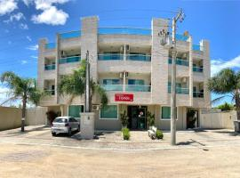 Residencial Florida, hotel in Bombinhas