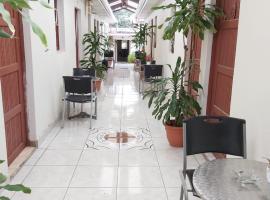 Hotel Villa Angelo, hotel in Managua