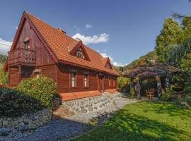 Luxurious Zaluka Heritage Estate Villa, holiday home in Zagreb