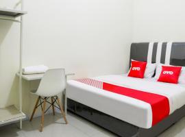OYO 3377 Checkpoint Residence, hotel near Hang Nadim International Airport - BTH, Nagoya