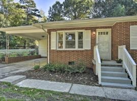 Updated Family Home with Yard, 4 Mi to Downtown, vacation rental in Greensboro