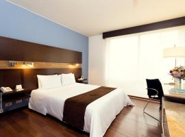Mercure Bogota BH Retiro, hotel in Bogotá