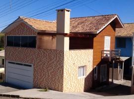 Casa da Colina, holiday home in Bento Gonçalves