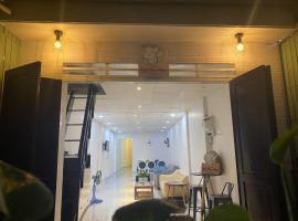 Nhà Đom Đóm - Nhà Nguyên Căn ngay chợ nổi, pet-friendly hotel in Can Tho
