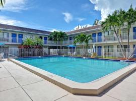 Motel 6 Dania Beach, hotel near Fort Lauderdale-Hollywood International Airport - FLL, Dania Beach
