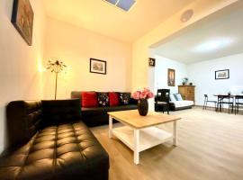 Сarnot Apartments ZOO Area, apartment in Antwerp