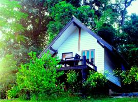 Jungle guest house, hotel in Mae Hong Son
