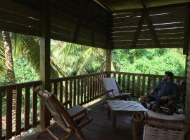 Aventura Rincon Ecolodge, hotel in Las Galeras
