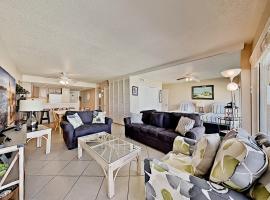 Gulfstream Condos - Breezy Balcony - Pool, Hot Tub condo, apartment in Corpus Christi