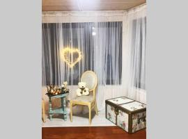 Гостевой отдельно стоящий дом, hotel in Mytishchi