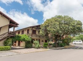 Pousada Floratta Nossa Casa, guest house in Gramado