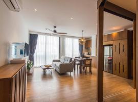 22HOUSING APARTMENT 81 LINH LANG, apartment in Hanoi
