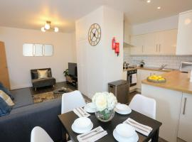 Aisiki Apartments at Upton Road, hotel near The Grove Golf Course, Watford