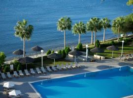 Atlantica Miramare Beach, отель в Лимассоле