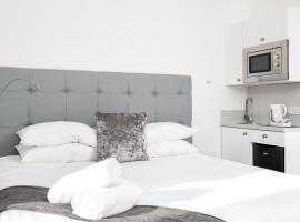 Kelpies Serviced Apartments, hotel in Falkirk