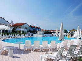 Locazione Turistica Mediterraneo-13, Ferienunterkunft in Rosapineta