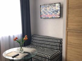 Апартаменты на берегу моря, budget hotel in Adler