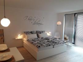 Moderne Ferienwohnung in Lippstadt, family hotel in Lippstadt