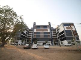 HOTEL PRIYA PALACE, hotel near Sardar Vallabhbhai Patel International Airport - AMD, Ahmedabad