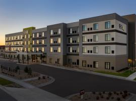 Home2 Suites By Hilton Denver Northfield, hotel near Great Divide Brewing, Denver