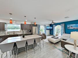 The Best Homes, Location and Vacation Experience on Lido Key! Duplex, budget hotel in Sarasota