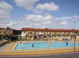 Appartamento con due Camere in Residence con Piscina a Rosolina Mare, Ferienwohnung in Rosapineta