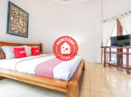 OYO 1757 Villa Dende, hotel in Mataram