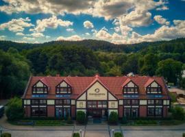 Dom Oliwski, hotel near Oliwa Zoo, Gdańsk