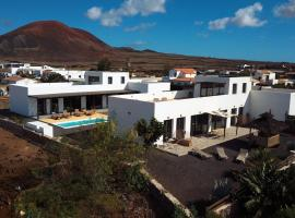 Agua Guest House, vacation rental in Lajares