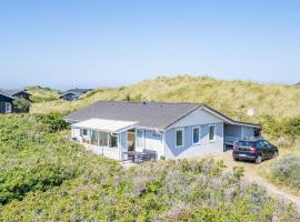 Holiday home Henne CX, overnatningssted i Henne Strand