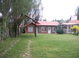 Cabaña Las Candelas, villa in Potrerillos