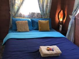 XYL Seaside Homestay, hotel in Caloundra