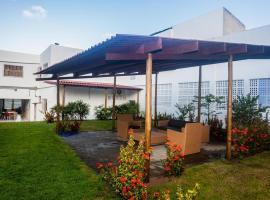 Havaí Atlantico Hostel e Pousada, hotel near Natal Iate Club, Natal