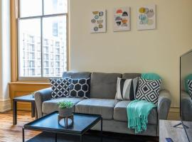 Modern Louisville Flat in Downtown, vacation rental in Louisville